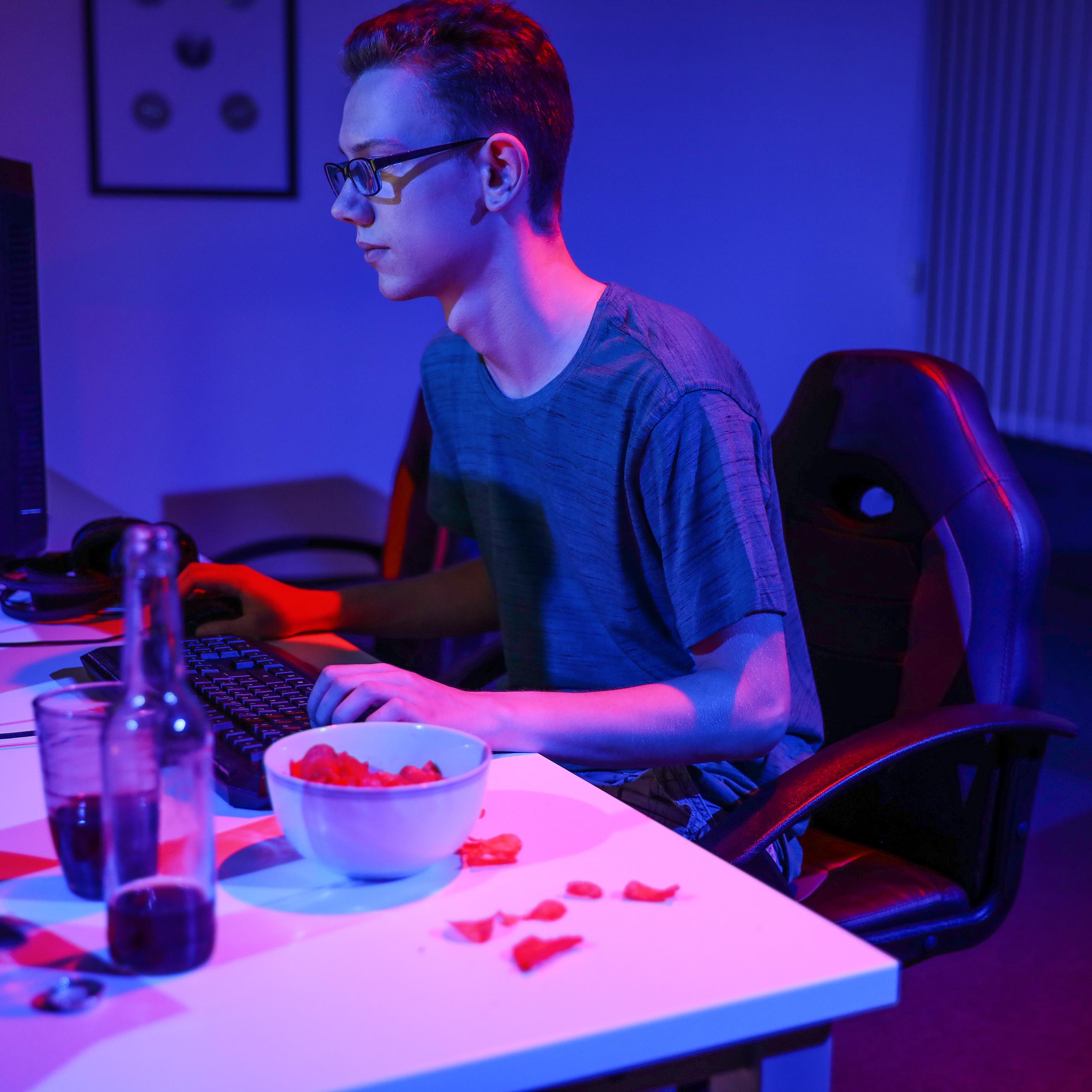 Drehstuhl Racer Bürostuhl PC Gaming Gaming Stuhl XR7 individuelle Sitzhöhe