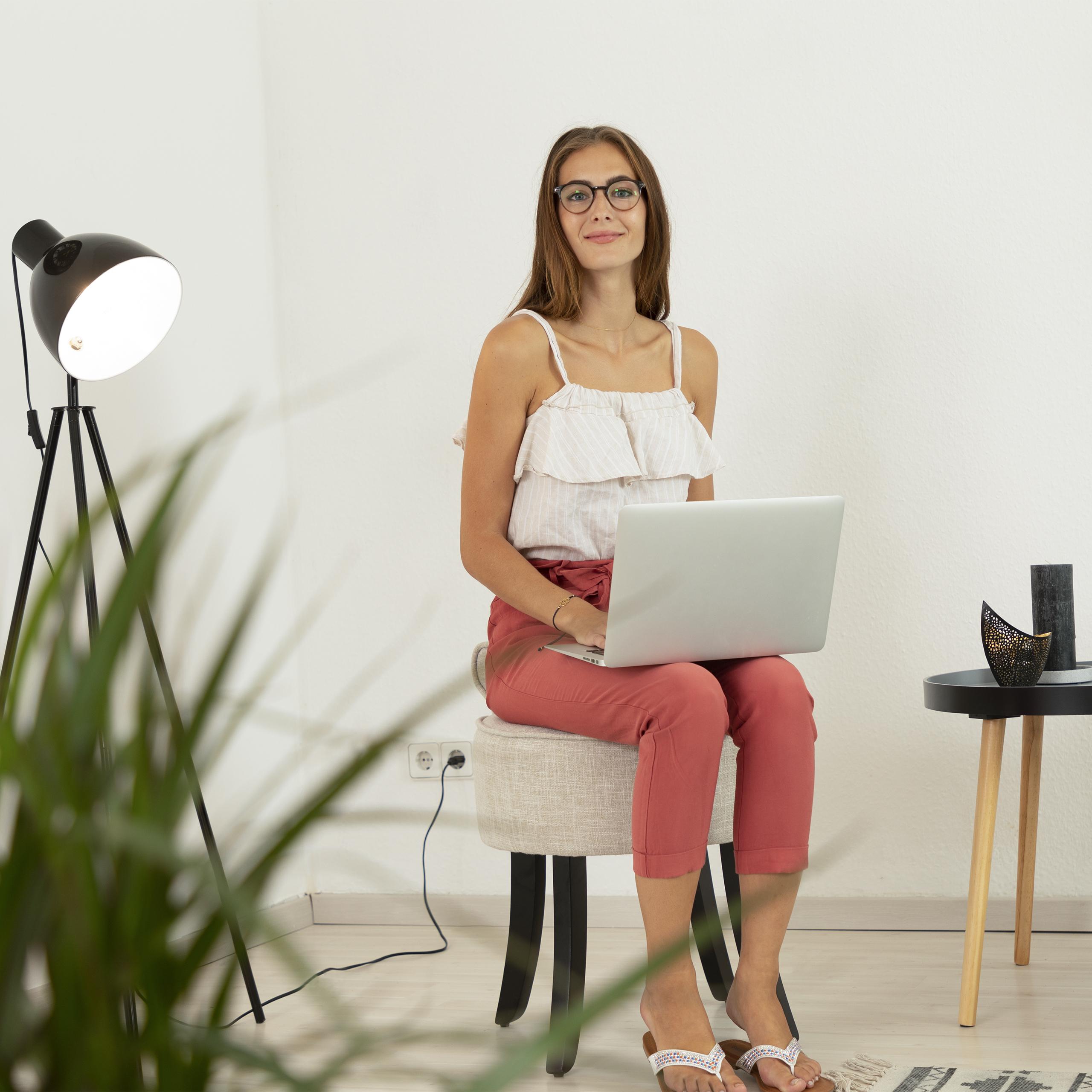 stuhl wei niedrige lehne sitzhocker polsterstuhl stoff. Black Bedroom Furniture Sets. Home Design Ideas