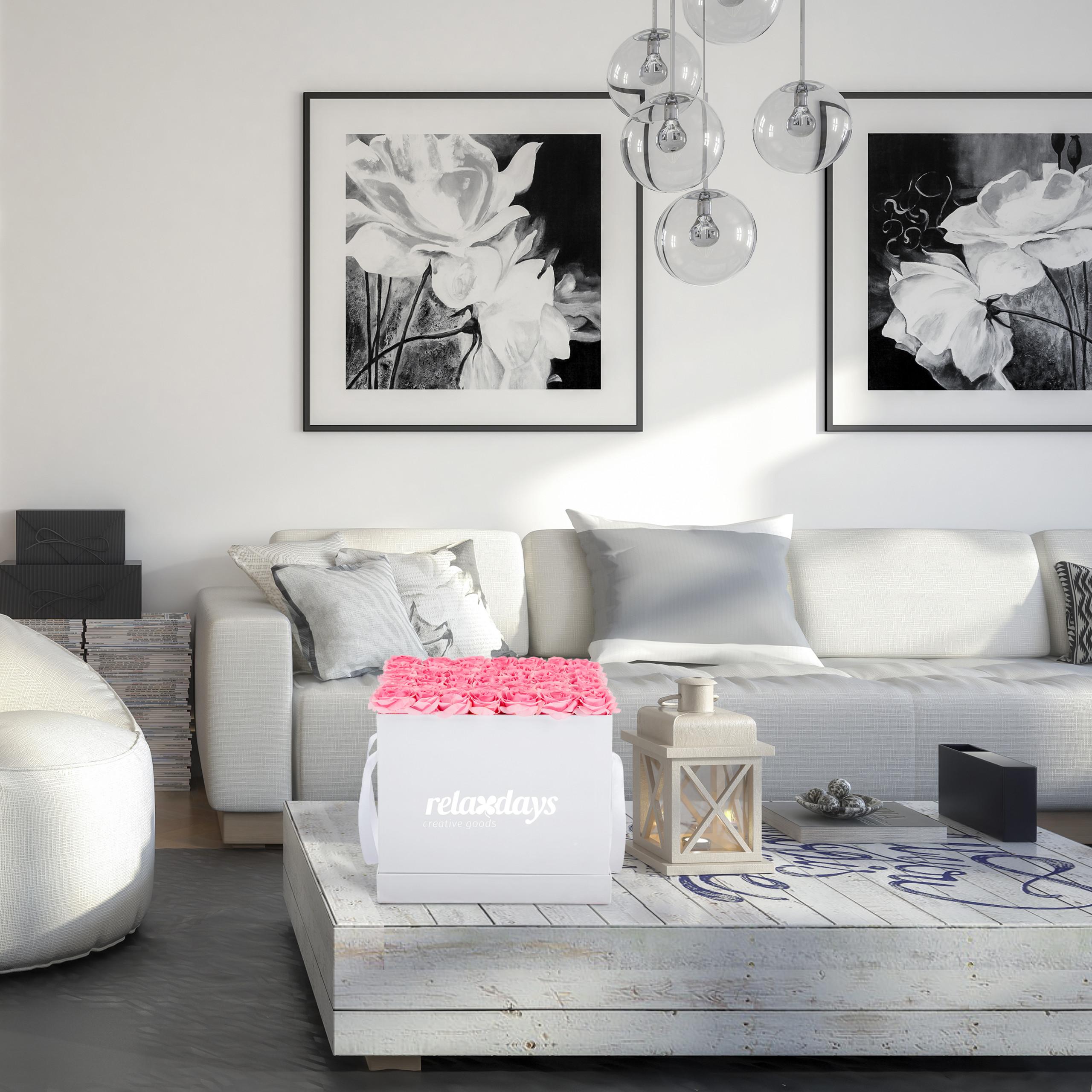 Rosenbox-Flowerbox-49-Kunstblumen-Valentinstag-Blumenbox-Deko-Ewige-Rosen-eckig Indexbild 4