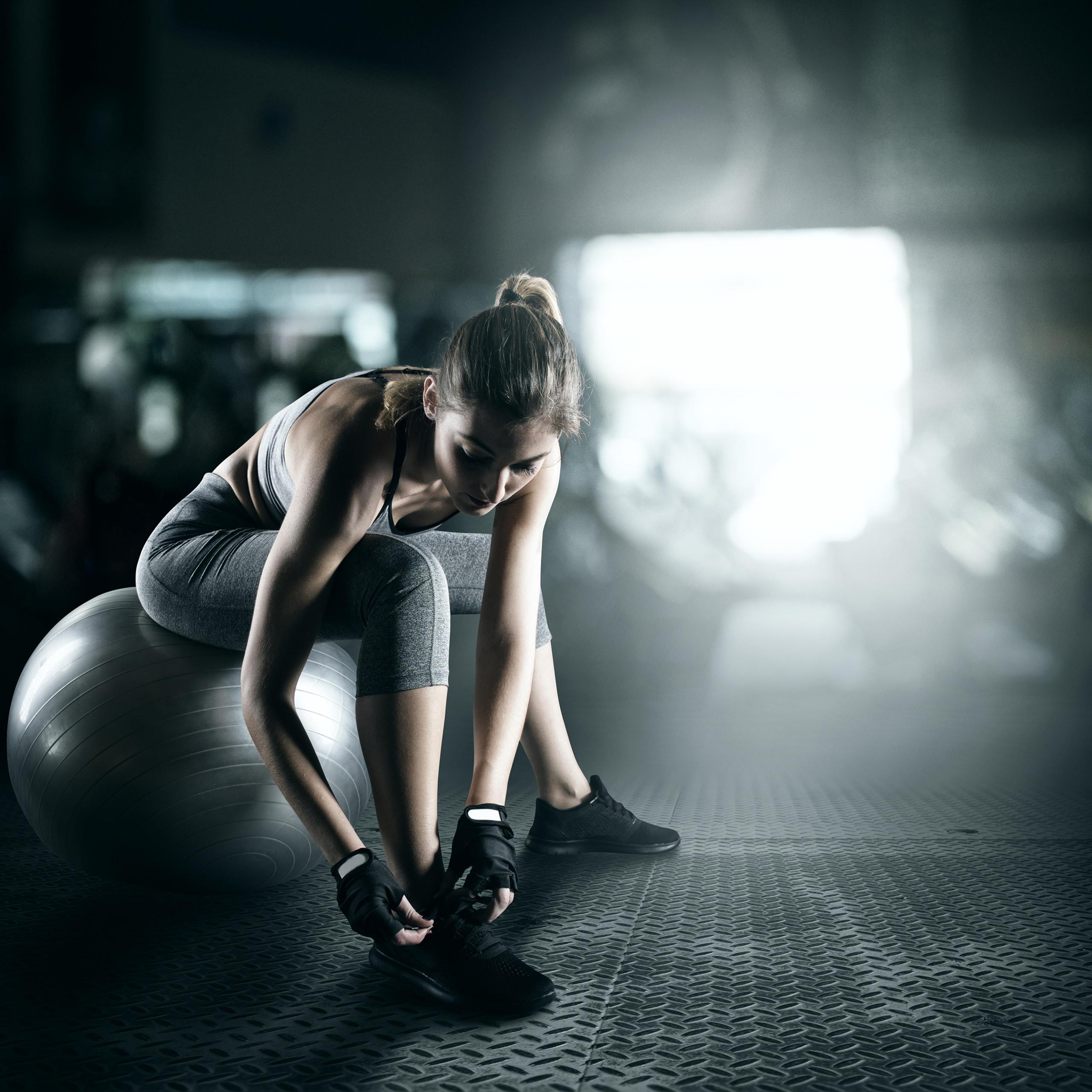 Exercise-Ball-75-cm-PVC-Yoga-Ball-Office-Seat-Gym-Ball-Pilates thumbnail 24